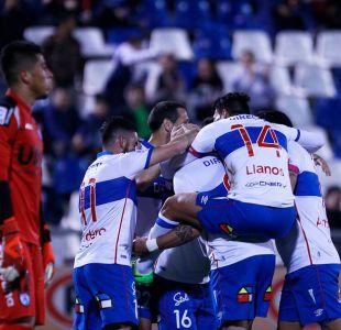 Católica vence a Deportes Iquique en la novena fecha del torneo de transición.