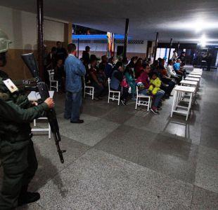 Venezolanos votan en calma en una elección vista como plebiscito a Maduro