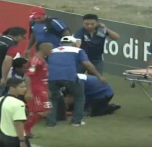 [VIDEO] Arquero de club de Indonesia fallece tras fuerte choque con compañero