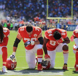 NFL no logra acuerdo con sus jugadores para frenar protestas durante himno