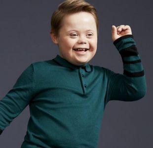 El niño con síndrome de Down que debuta como modelo