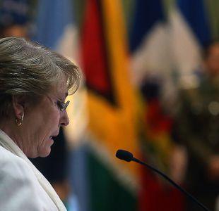 Presidenta Bachelet es increpada por manifestantes en medio de inauguración de Filsa
