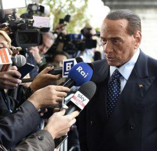 Acusan a Silvio Berlusconi de relaciones con la mafia