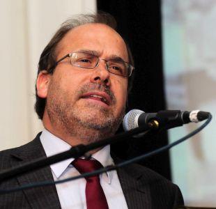 Undurraga niega coordinación de ministros en críticas a Piñera