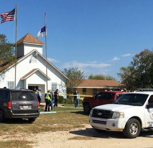 Tiroteo en Texas: Gobernador confirma muerte de 26 personas