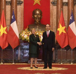 Bachelet visita Vietnam y recibe apoyo a la forma en que se enfrenta demanda en La Haya