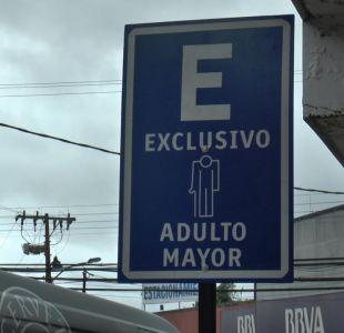 [VIDEO] Valdivia debuta sus estacionamientos reservados para adultos mayores