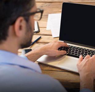 ¿El fin del sedentarismo en la oficina? Crean escritorio con pedales