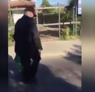 Vecinos denuncian a un anciano se pasea armado y disparando en las calles