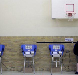Dinero, juegos mentales y hackeo: cómo se pueden manipular los resultados de unas elecciones