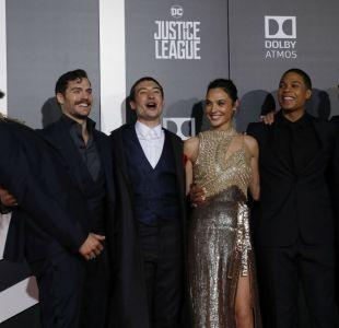 [FOTOS] Los superhéroes se vuelven humanos en espectacular alfombra roja de La Liga de la Justicia