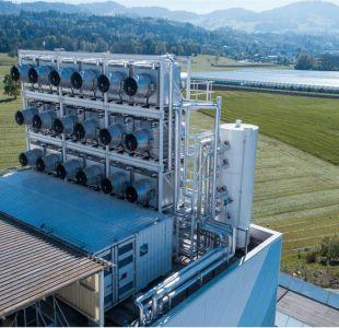 La máquina suiza que puede absorber CO2 de la atmósfera y transformarlo en un producto