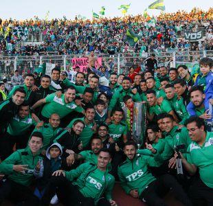 [FOTOS] Santiago Wanderers celebra con sus hinchas la obtención de la Copa Chile