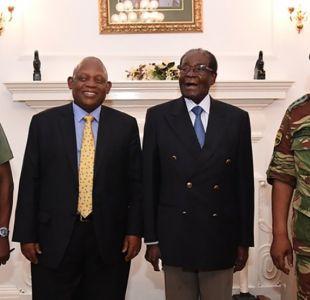 Zimbabue: reaparece por primera vez en público el presidente Robert Mugabe tras la toma militar