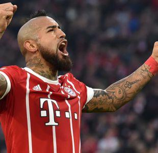 Arturo Vidal se luce abriendo la goleada del Bayern Munich sobre Augsburgo