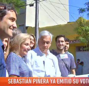 [VIDEO] El comentado codazo de Sebastián Piñera a Cecilia Morel