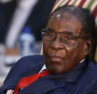 Renuncia el presidente Mugabe en medio de una fuerte crisis institucional en Zimbabue