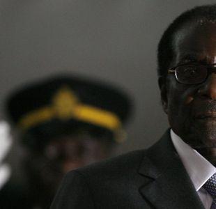 El inesperado final de Mugabe, el héroe de la independencia de Zimbabue