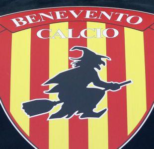 Leyendas de brujas rodean al Benevento, club que batió el récord del peor inicio del fútbol europeo