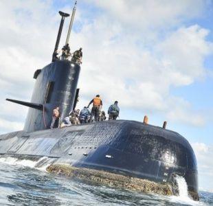 ¿Cómo viven la espera los familiares de los tripulantes del submarino argentino desaparecido?