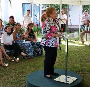Bachelet y giro de Piñera por gratuidad: Él tiene que explicar por qué cambió de opinión