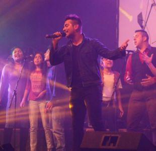 Carlos Peña ganó un programa de televisión en Bolivia imitando a Ricky Martin