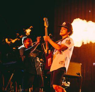 Bruno Mars fue un carnaval de música pop en su regreso a Chile