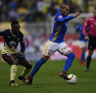 Tigres saca ventaja al América en semifinales del fútbol mexicano con gran participación de Vargas