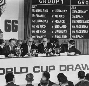 De fallas técnica, abucheos y grandes shows, las grandes anécdotas de los sorteos mundialistas