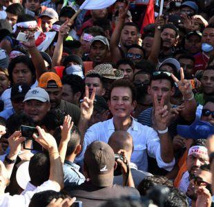 Honduras reanuda escrutinio electoral, oposición protesta por fraude
