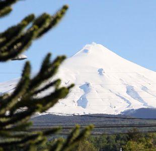 [VIDEO] Volcán Villarica: peligrosa maniobra de turistas en cráter