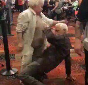Abuelos dan clases de perreo en casino de Miami