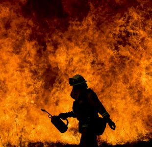 El incendio que afecta a California ya es más grande que la ciudad de Nueva York