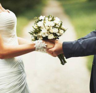 La genial historia de una novia que pudo llegar a tiempo a su matrimonio gracias a motociclista
