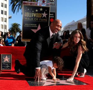[FOTOS] Dwayne La Roca Johnson ya es una estrella a los pies de Hollywood