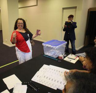 El traspaso de votos en las primeras mesas de chilenos en el extranjero