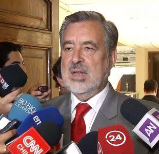 """Alejandro Guillier: """"El Presidente me ha sorprendido gratamente. Ha sido hasta ahora prudente"""""""