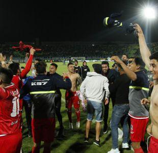 Unión La Calera asciende tras vencer en penales a Wanderers que baja a Primera B