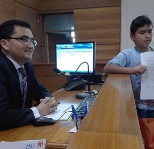 Tribunal concede deseo a niño que pide acampar con su padre que cumple reclusión nocturna