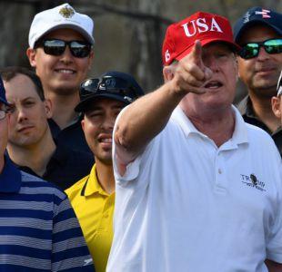 Golf, tuits y política, así son las vacaciones de Trump en Florida