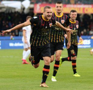 Benevento logra la primera victoria de su historia en la Serie A