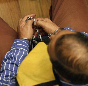 Fraude en Carabineros: Reducen medidas cautelares de 11 imputados