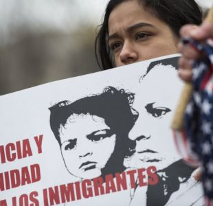 EE.UU. revoca protección temporaria para unos 200.000 salvadoreños
