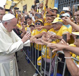 El papa condena en Perú la inseguridad, el crimen organizado y los femicidios