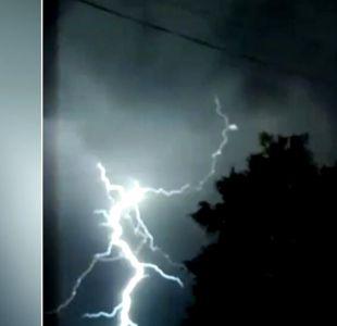 [VIDEO] Tormenta eléctrica sorprende a turistas en el sur del país