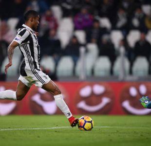La Juventus derrota al Genoa con solitario gol de Douglas Costa