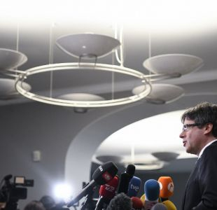 Puigdemont pide poder volver a Cataluña sin riesgo para su investidura