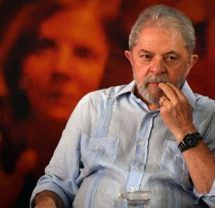 Justicia brasileña prohíbe que Lula salga del país
