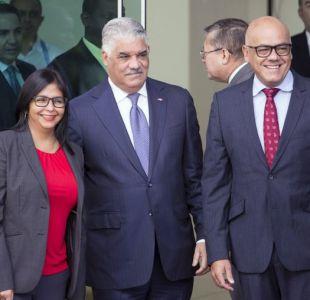 Venezuela retoma diálogo agitado por adelanto de elecciones