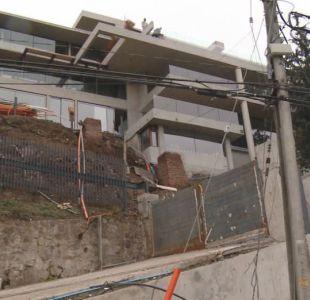 Trabajador muere en construcción de la nueva casa de Alexis Sánchez en Lo Curro